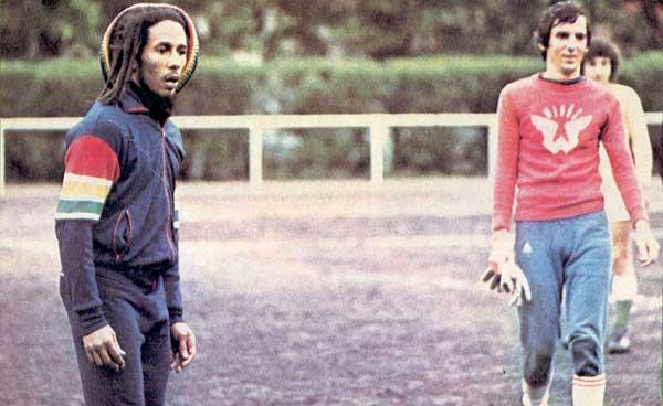 Bob Marley - Pics Marley-foot